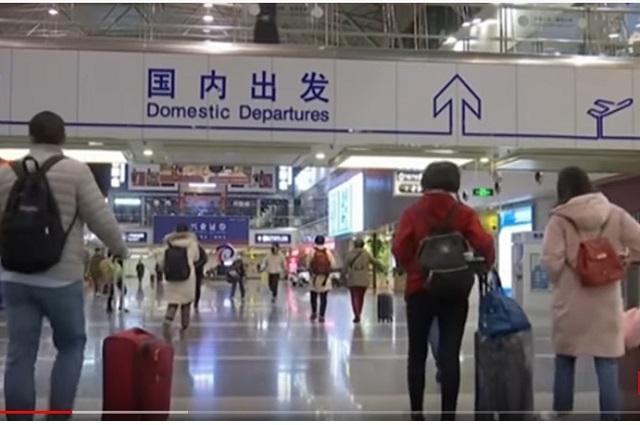 Para frenar coronavirus, China prohíbe viajes al extranjero