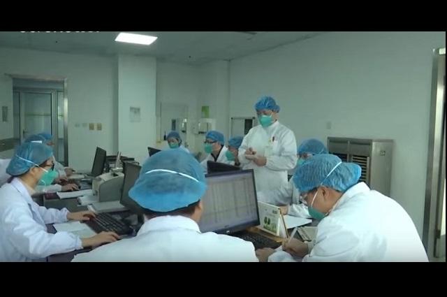 México prepara blindaje médico por virus chino que causa neumonía