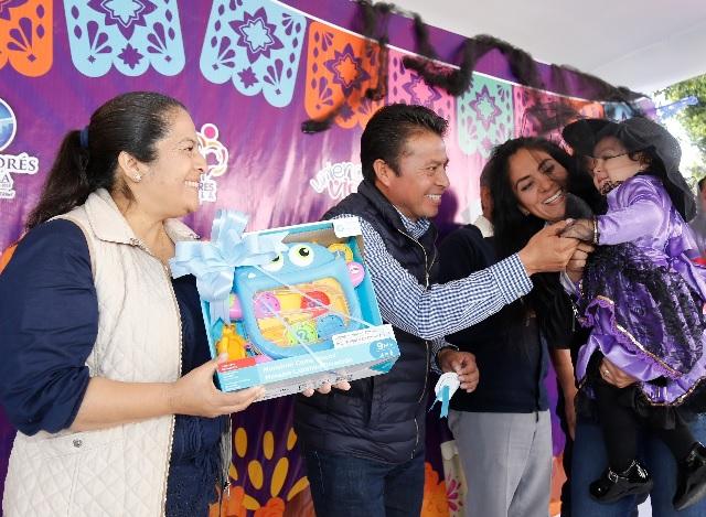 Celebran Día de Muertos en San Andrés Cholula