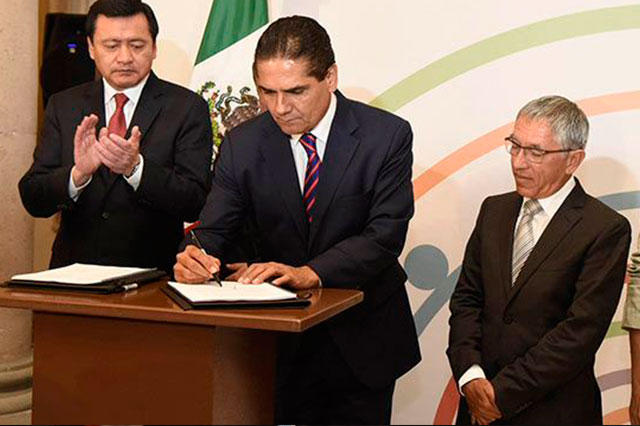 Federación quitará recursos a estados que no cumplan con Mando Único