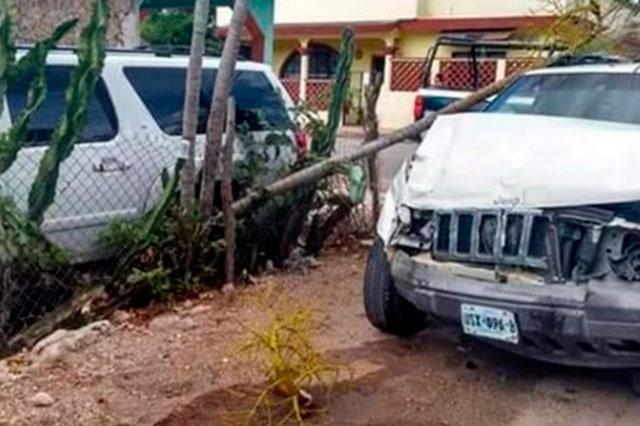 Acusan a Calderón de pasarse el alto y provocar choque en Quintana Roo