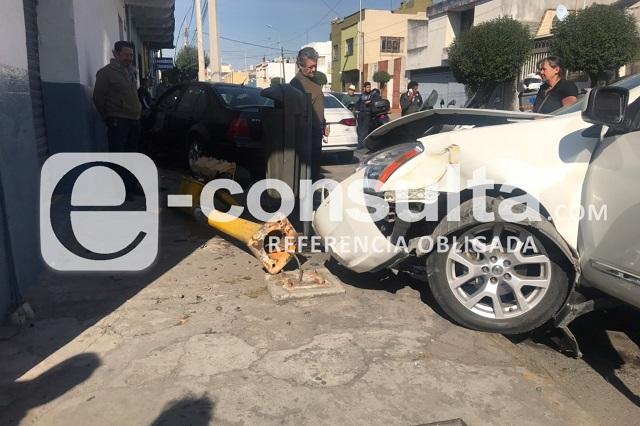 Semaforazo deja dos heridos en colonia Chulavista