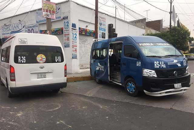 Chocan combis del transporte público y dejan 10 heridos en Reforma