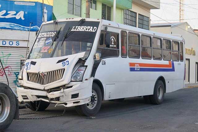 Sujetos en estado de ebriedad provocan choque contra Ruta 72A