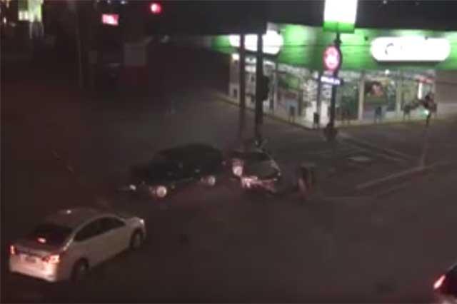 Conductor ebrio impacta a vehículo y mueren dos mujeres