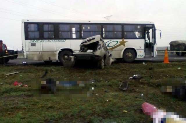 Accidente en la Mexiquense deja 6 muertos