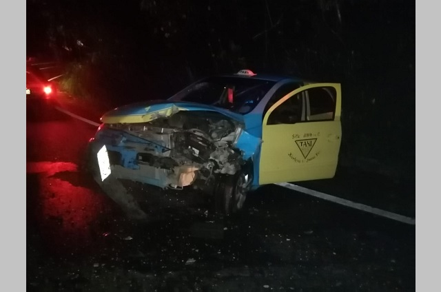 Choque en la México- Tuxpan deja dos menores lesionados