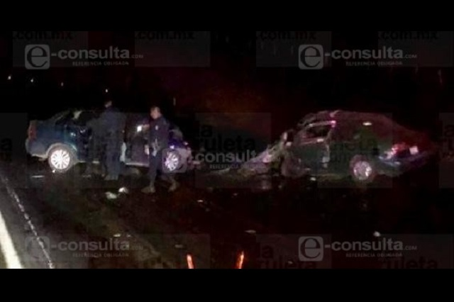Mueren dos hombres tras choque en Tlatlauquitepec