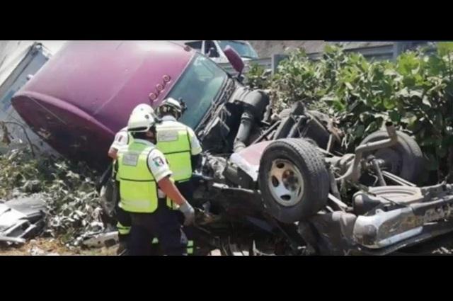 Choque de tráiler en la Chamapa-Lechería deja un saldo de 7 muertos