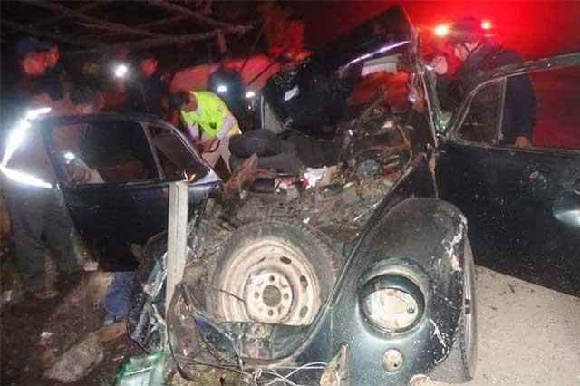 Accidente bloquea circulación de la México-Tuxpan por dos horas