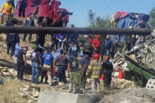 Choque en la México-Texcoco deja un saldo de 10 muertos
