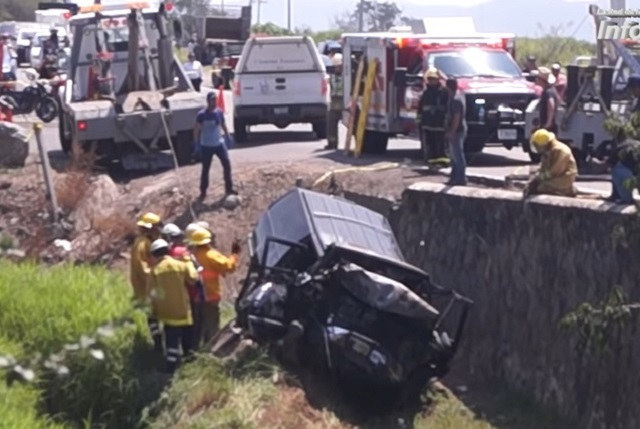 Mueren 6 integrantes de Banda La Trilladora en terrible accidente