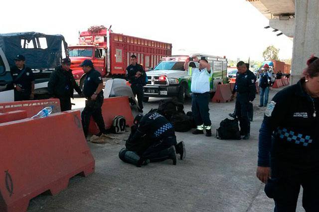 Carambola de cinco patrullas de la Policía Auxiliar en la México-Puebla