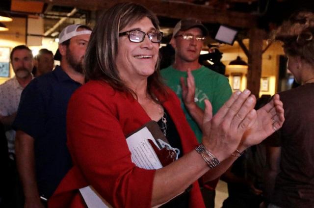 Mujer transgénero gana candidatura y va por la gubernatura de Vermont
