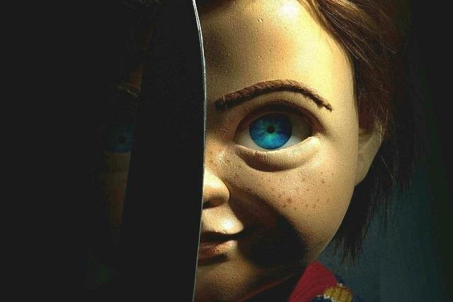 Reportan por error desaparición de Chucky, el muñeco diabólico, y su hijo