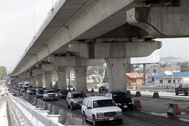 Reconoce SIMT que ciclovía entorpece tráfico en autopista