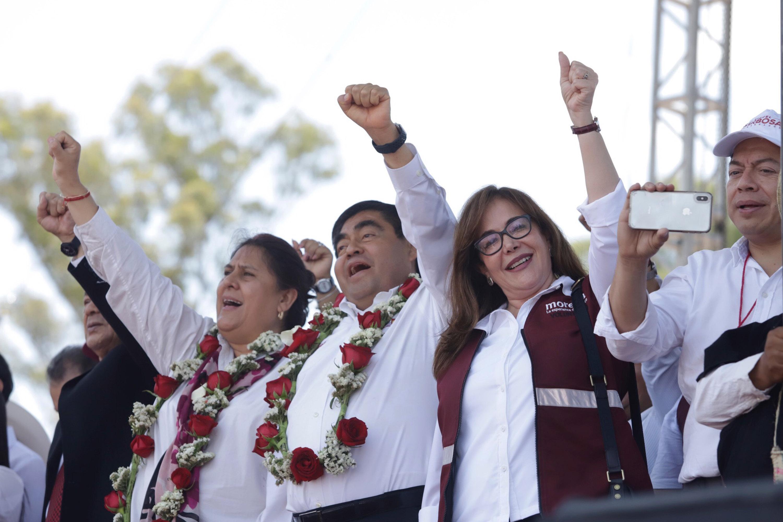 Barbosa cierra campaña y ofrece traer a Puebla la 4T de AMLO