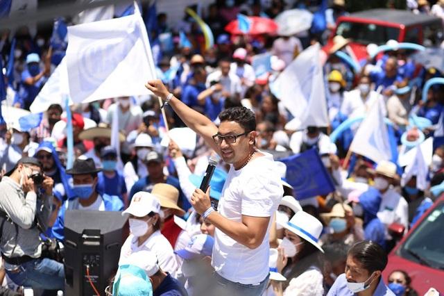Cierra campaña Edgar Salomón Escorza con una impresionante caminata