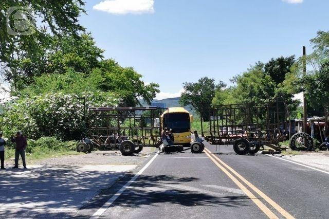 Camión recolector de basura arrolla a motociclista en Tilapa