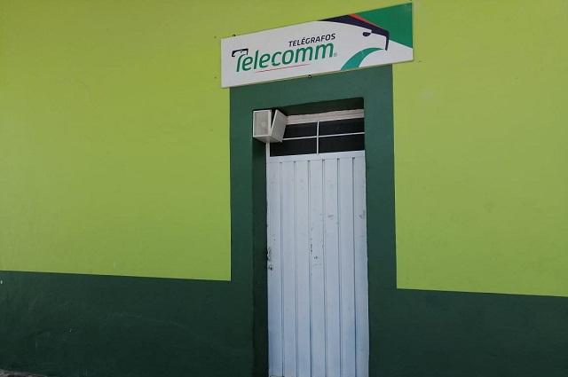 En Petlalcingo exigen apertura de Telecomm por Covid-19