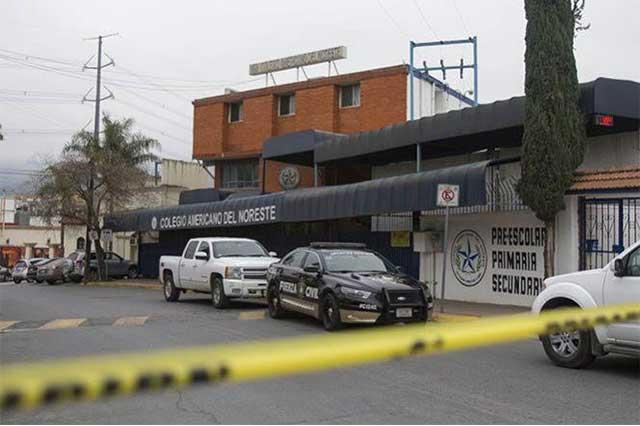 Vuelven a clases los niños del colegio baleado en Monterrey