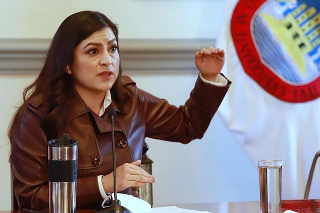 """""""Una vulgaridad y un abuso"""", dice Claudia Rivera por desalojo en oficinas del migrante"""