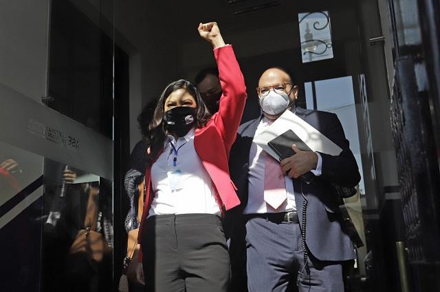 Rivera va al Congreso y acusa a diputados de persecución política
