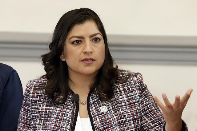 Enfrenta a Claudia Rivera y regidores viaje a Europa