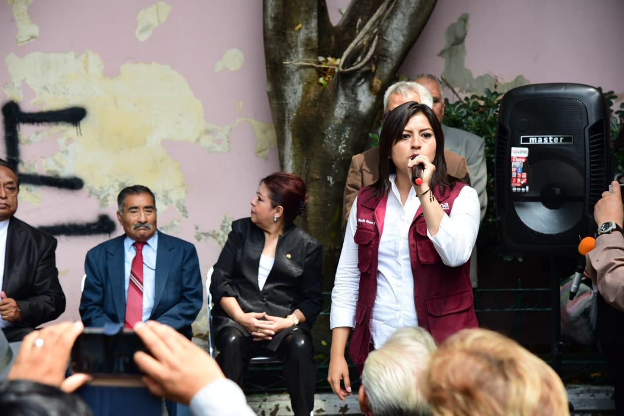 Claudia Rivera acusa corruptelas del panista Eduardo Rivera
