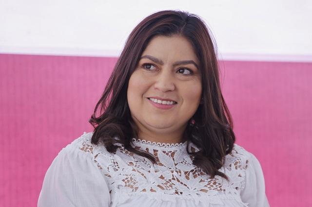 Minimiza Claudia Rivera encuestas porque tienen fines políticos