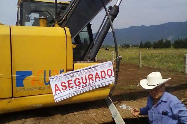 Clausuran a constructora sitio para explotar piedra en la Sierra Norte