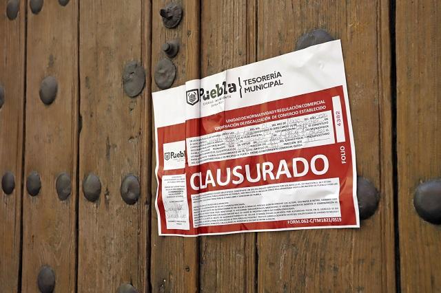 En Puebla capital clausuran 5 botaneros por violar decreto