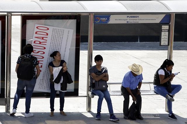 Critican cambios en rutas de transporte del centro de Puebla