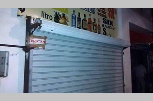 Clausuran 10 bares en Tehuacán por inclumplir medidas contra Covid-19