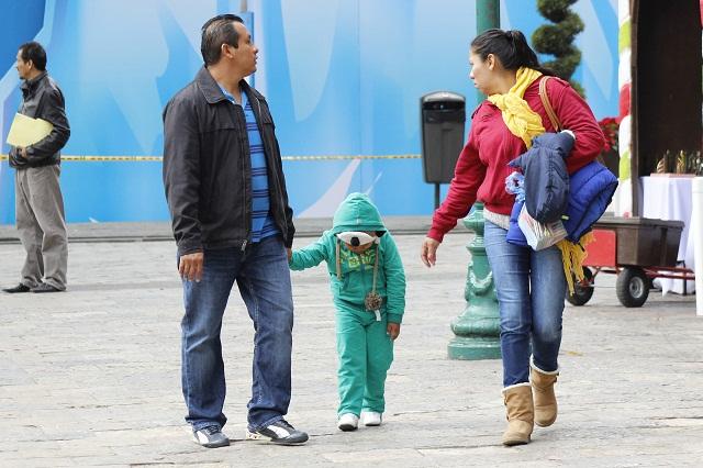 Crece a 4,800 escuelas suspensión de clases por frío en Puebla
