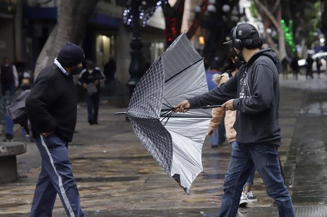 Por Frente Frío 5, lluvias y rachas de viento en Puebla