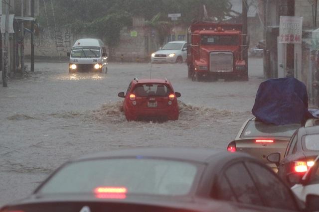 Pronostican lluvias torrenciales para Puebla, Oaxaca y Veracruz