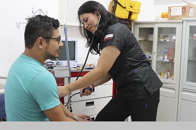 Destaca Upaep servicios de su Centro de Salud Integral