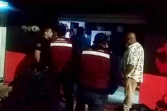 Clausuran 8 botaneros en la ciudad de Puebla