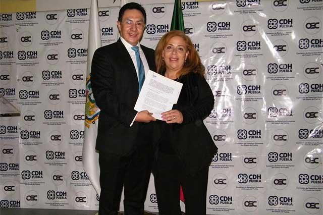 CDH Puebla y organizaciones civiles firman convenios de colaboración
