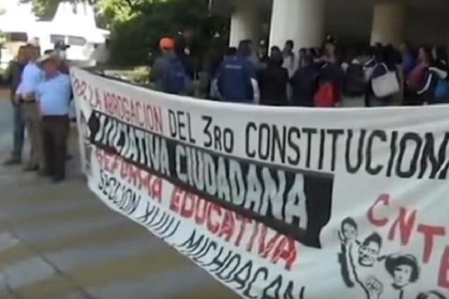 Aureoles advierte que si la CNTE no retira bloqueos no habrá pagos ni diálogo