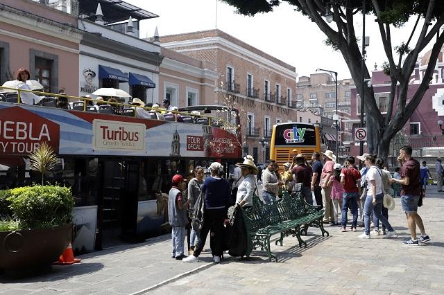 Turistas con auto propio, minoría en Puebla capital: estudio