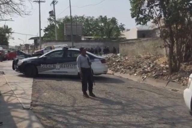 Comando irrumpe en fiesta y ejecuta a 3 hombres en Chietla