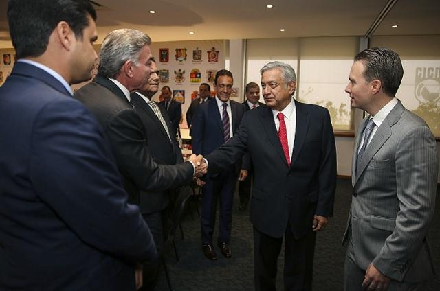 Habrá plena colaboración con AMLO, señala Gali en reunión de la Conago