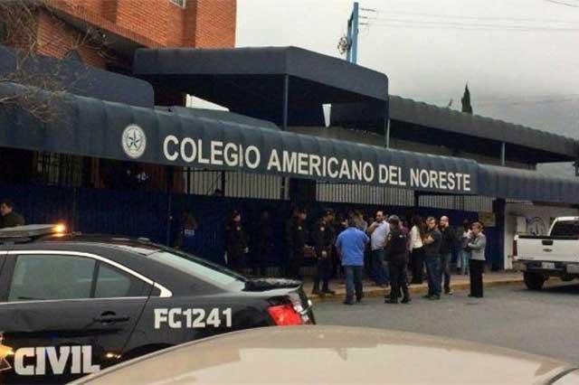 Un alumno desata balacera en escuela de Monterrey y lesiona a 5