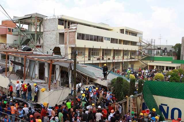 Padres de alumnos del Rébsamen temen que la directora se haya dado a la fuga