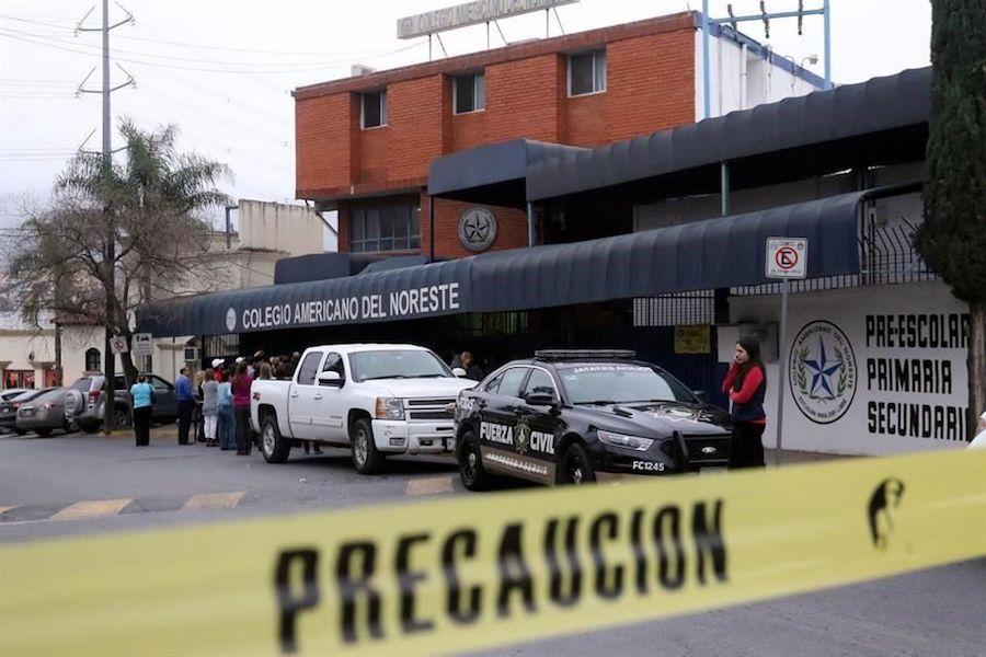 Dan de alta a estudiante baleado en Colegio Americano