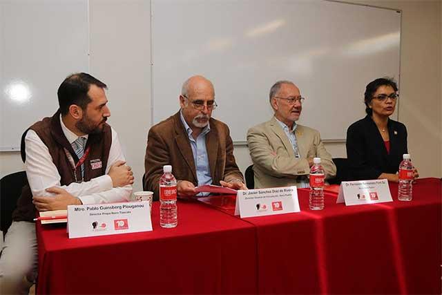 Docentes de preparatorias IBERO de Puebla, Tlaxcala y México, en coloquio