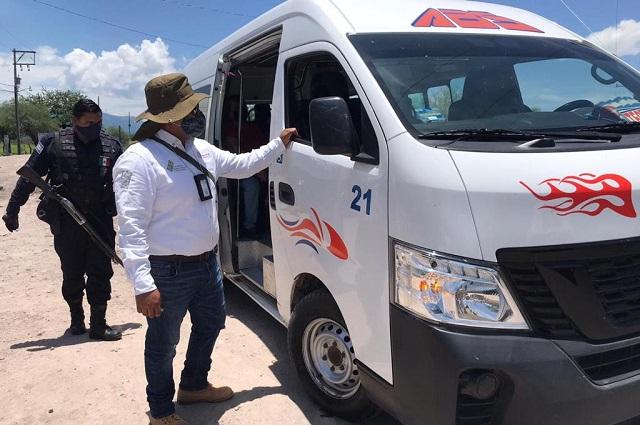Por sobrecupo, infraccionan a 54 unidades del transporte público