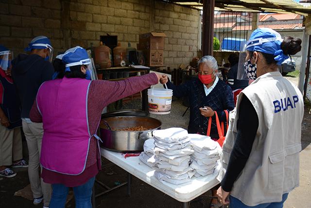 Comedores comunitarios BUAP en tres colonias de Puebla